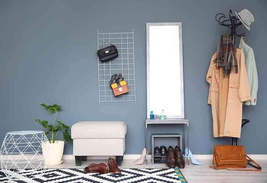 Credenza Moderna Corridoio : Come arredare al meglio un corridoio: estetica e funzionalità.