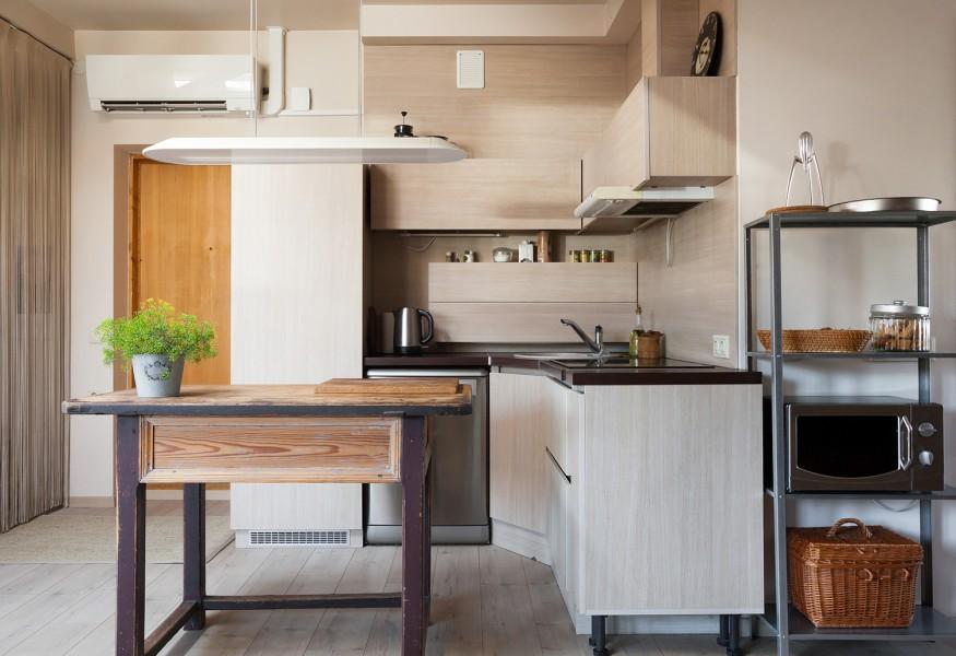 Arredare una cucina piccola e stretta: consigli ed opportunità.