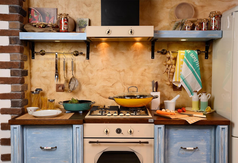 Mobili Per Cucina Piccola arredare una cucina piccola e stretta: consigli ed opportunità.