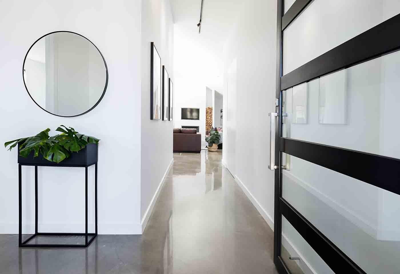 Come arredare al meglio un corridoio estetica e funzionalità