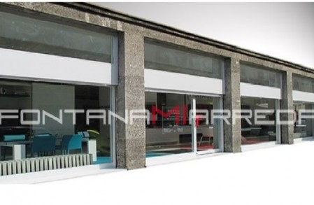 Negozi di mobili milano outlet mq vendita mobili etnici for Fontana arreda